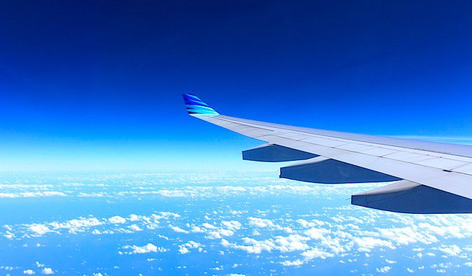Getting free flights is one way to travel with no money